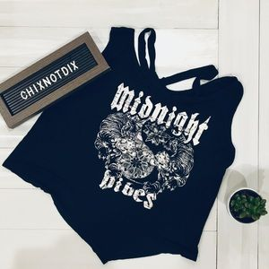 ⬇️ • NWOT • Midnight Vibes Graphic Tank Top Crop